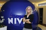 """Dr. Karin Uphoff eröffnete den ersten """"ladies dental talk"""" in Hamburg und führte durchs Programm."""