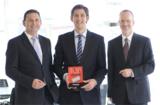 ATVISIO-Geschäftsführer Peter Bluhm, Alexander Küpper und Klaus Seifert (v.l) haben Grund zur Freude