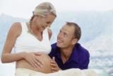 Schwangeres Pärchen (Quelle: New Life Hotels)
