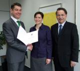 (v.l.n.r.): Dr. Sven Mertens, Prof. Dr. Christiane Ness und Dr. Detlef Reeker