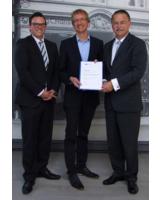Gunnar Schröder/ Wirtschaftsakademie, Jan Friedrich Dehn/GEOR und Detlev Reeker/Wirtschaftsakademie