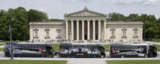 Beeindruckend: Der ADBus-Konvoi auf dem Münchener Königsplatz