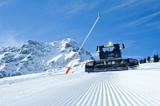 Die drei besten Pistenraupenfahrer Österreichs stehen allesamt im Dienste der Bergbahn Kitzbühel.