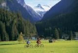 Der Tauernradweg lädt zum Naturerlebnis ein