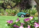 Robomow - der Roboterrasenmäher sorgt für einen gepflegten Rasen ganz ohne anstrengende Mäharbeit