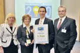 Carlo Jesse (2. von rechts) mit Gratulanten