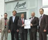 Ricoh Deutschland und Ascop Bürosysteme: Offizielle Übergabe des TÜV-Zertifikats