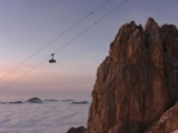 Sonnenaufgangsfahrt mit der Tiroler Zugspitzbahn