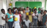Angestellte in der Nähwerkstatt von Alive&Kicking in Accra, Ghana.