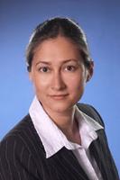 Irem Jung, Fachanwältin für Medizinrecht