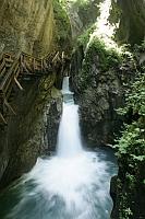 Wasser ist ein dominierendes Element in Kaprun