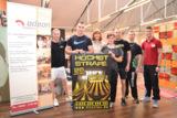 Flic Flac Artisten trainieren im odeon in Duisburg. Foto: odeon