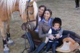 Familie mit Pferd (Unterschwarzachhof © Mario Rabensteiner)