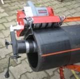Rohrschälgerät RS 250-3000 PE und GFK Rohre halbautomatisch schälen,schleifen und kalibrieren.