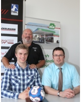 Foto: hl-studios, Erlangen: Marc Blockus mit Karsten Reichl und der stolze Trainer Frank Bergemann.