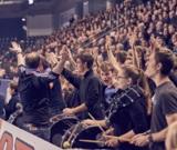 (Foto: hl-studios, Erlangen): der HC Erlangen und seine Fans freuen sich auf die Rückrunde