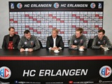 (Foto: hl-studios, Erlangen): Die Verantwortlichen des HC Erlangen bei der Aufstiegs-Pressekonferenz