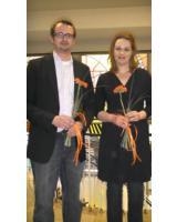 Herr Andritzky und Frau Tonn freuen sich über die bestandene Prüfung.