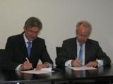 Gerhard Wächter (Vorstand Integrata AG) und Thomas E. Berg (Generalsekretär Führungsakademie BW)