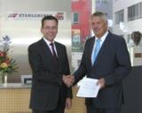 Hubert Kofler, CEO von Würth Phoenix und Bernhard Strauch, CEO von STAHLGRUBER