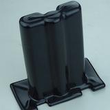 Das PVC-Tauchteil ist eine 1:1 Abbildung des Metallteiles, das lackiert und geschützt werden soll.