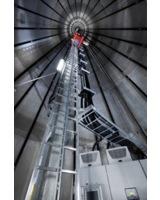 Rittal Schaltschranksysteme im Turmfuß einer Windkraftanlage - PCS und Rittal: Husum WindEnergy 2012