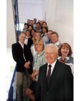 Team mit Teamgeist: die Belegschaft der EPOXONIC GmbH