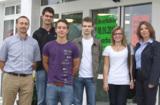 Die neuen Auszubildenden mit Geschäftsführer Stefan Ortmaier und Personalleiterin Eglantina Rexha
