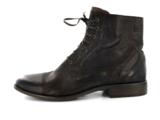 Klassik und Eleganz verbindet dieser Herren-Stiefel in Übergröße von Camel Active