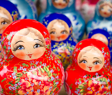 Russian nesting dolls - Fotolia - 56246170 - © asafeliason