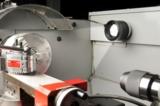 Die Aufbauversion der SPOTLED verfügt über ein gängiges M6 Gewinde sowie einen M12 Sensor-Stecker.