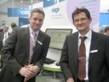 Die Pro Active-Vertriebsmitarbeiter Gordon Nickel (li.) und Robert Lies (re.) auf der CeBIT 2012.