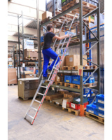 Durchdachte Komponenten für mehr Sicherheit: Einhänge-Schiebeleiter 6092 von Hymer-Leichtmetallbau