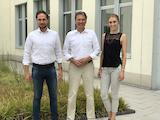 v.l.n.r. Fabian Vollberg, Prof. Dr. Guido Quelle, Linda Vollberg
