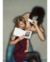 Mit PhotoBook gestalten Smartphonenutzer mit nur wenigen Klicks ihr individuelles Fotobuch
