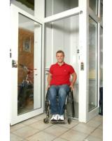 Der Euroschlüssel schützt Spezialanlagen, die Menschen mit einer Behinderung vorbehalten sind.