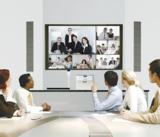 Das Unified Communications System P3500 ermöglicht Audio-Video-Konferenzen mit bis zu 20 Standorten.