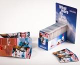 Die kleingefalzten Produkte passen in jede Hosentasche und bieten Platz für viele Informationen.