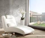 Hier zu sehen ist der Longchair Soho - erhältlich unter DeLife.eu