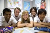 Austauschschülerin mit ihren neuseeländischen Klassenkameraden