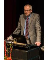 Herr Peters ist auch in diesem Jahr der Moderator des Mauerwerkstages