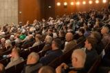Beim Mauerwerkstag von ZELLER POROTON erleben die Teilnehmer im Theater als sont.