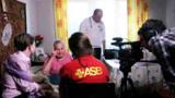 Seniorin berichtet den Jugendlichen von ASJ und MZM von der NS-Zwangsarbeit: Foto: ASJ München