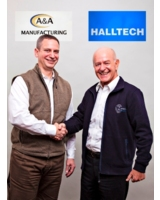 Anthony Cavalco, Vice President A&A Manufacturing (links) und Wilfried Hallenberger, Halltech GmbH