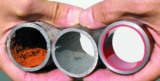 Rohrleitungen: korrodiert, gereinigt, mit Proguard CN 200 (oxidrot) beschichtet