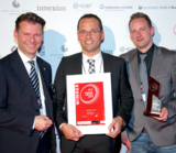 (v.l.n.r. Prof. Dr. Tobias Kollmann,  Alexander Schmidt und Andreas Schmidt)