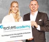 Gloria Hochgeschurz, Projektleiterin e-Sales Academy; Ingo Becker, Chefredakteur e-Sales Academy