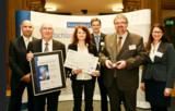 Vertreter des Projekts SchuBS nahmen die Auszeichnung AusbildungsAss 2014 im BMWi in Berlin entgegen