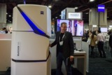 Dr. Jochen Tham präsentiert ZEISS MultiSEM 505 auf der Neuroscience in Washington