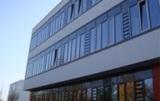 Schulgebäude mit EuroLam-Lamellenfenstern (Vitzhum Gymnasium in Dresden)